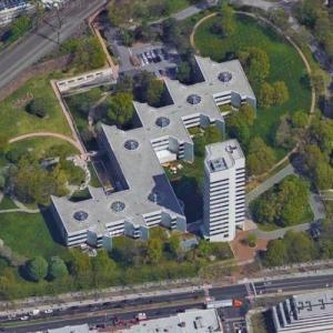 Johnson & Johnson headquarters (Google Maps)