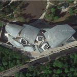 Louis Vuitton Foundation by Frank Gehry (Google Maps)