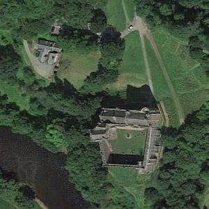 Doune Castle (Winterfell in Game of Thrones) (Google Maps)