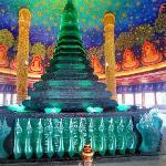 Wat Paknam Bhasicharoen (StreetView)