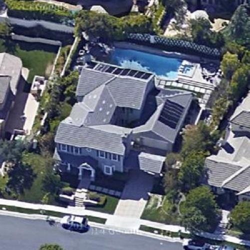 Kourtney Kardashian's Calabasas House - Hooked on Houses