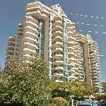 West Royal Towers (StreetView)