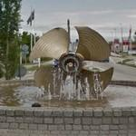 Ship propeller fountain in a roundabout