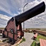 Fort Pickens cannon (StreetView)