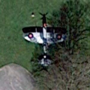 Supermarine Spitfire T9 (PT462) (Google Maps)
