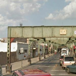 Myrtle Avenue's Abandoned Elevated Railway (StreetView)