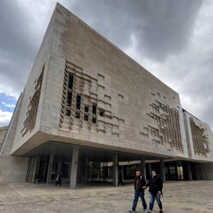 'Parliament House' by Renzo Piano (StreetView)