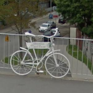 Kasia's ghost bike (StreetView)