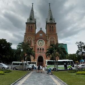Notre-Dame Cathedral Basilica of Saigon (StreetView)