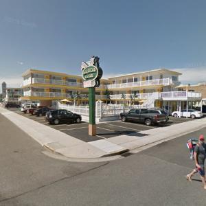American Safari Motel (StreetView)