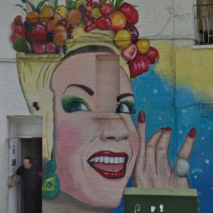 Carmen Miranda (StreetView)