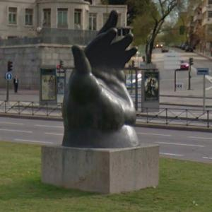 """La Mano de Botero"" by Fernando Botero (StreetView)"