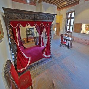 Leonardo da Vinci's bedroom (StreetView)
