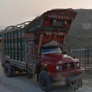 Truck art in Pakistan (StreetView)