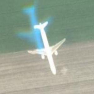 Airplane in flight (Google Maps)