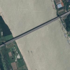 Yangluo Yangtze River Bridge (Google Maps)