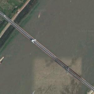 Wuhan Junshan Yangtze River Bridge (Google Maps)