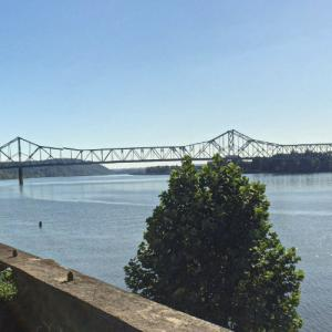Silver Memorial Bridge (StreetView)