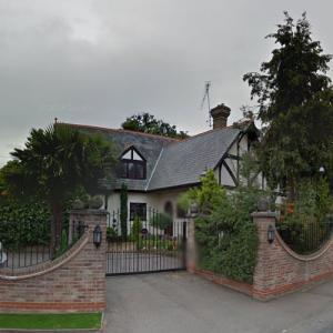 Victoria Beckham's Childhood Home (StreetView)