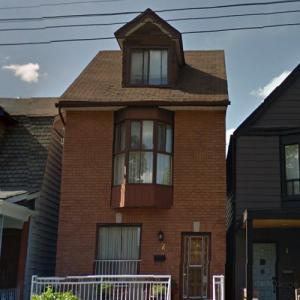 Meghan Markle's House (StreetView)