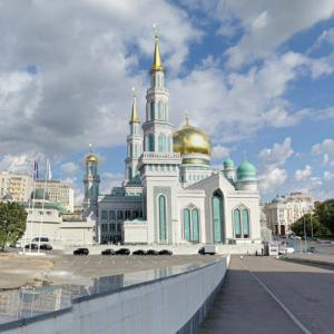 Moscow Cathedral Mosque (StreetView)