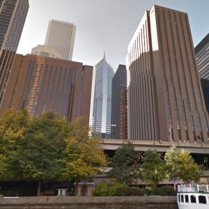 Hyatt Regency Chicago (StreetView)