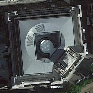 Four Seasons Hotel London at Ten Trinity Square (Google Maps)