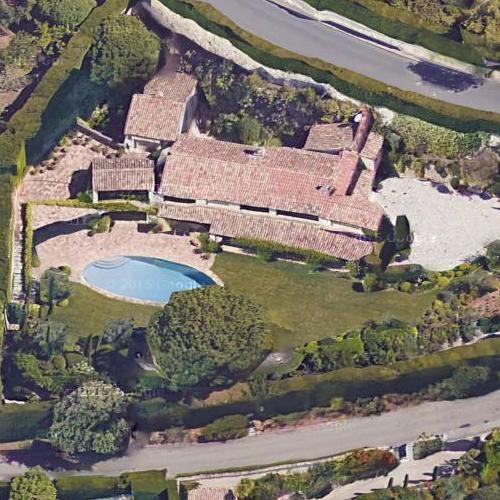 Roger Moore The Saint >> Roger Moore's House (Deceased) in Saint-Paul-de-Vence, France (Google Maps) (#2)