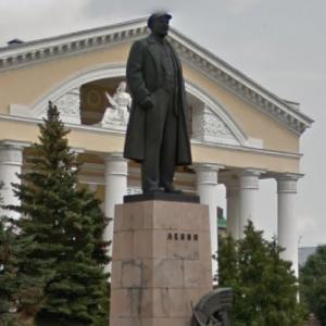 Statue of Lenin (StreetView)
