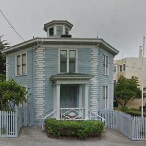 McElroy Octagon House (StreetView)