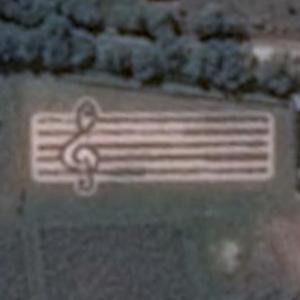 Staff and treble clef (Google Maps)