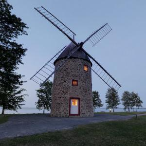 Round Stone Windmill and House (StreetView)