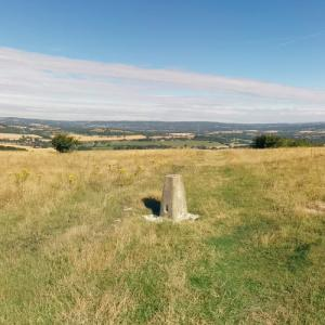 Beacon Hill, West Sussex (StreetView)