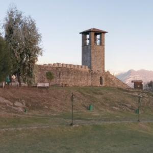 Prezë Castle (StreetView)