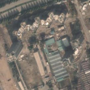 "North Korean Skyscraper Complex ""Pyonghattan"" (Google Maps)"