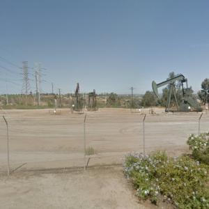 Inglewood Oil Field (StreetView)