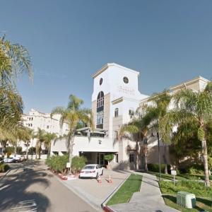 La Jolla Crossroads (StreetView)
