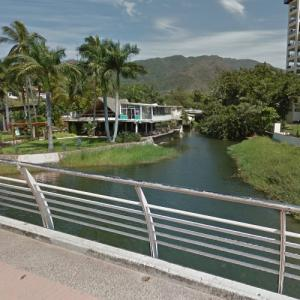 Mouth of the Cuale River (StreetView)