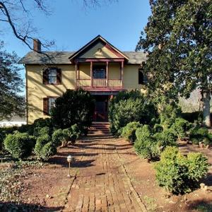 Ash Lawn-Highland - James Monroe (StreetView)