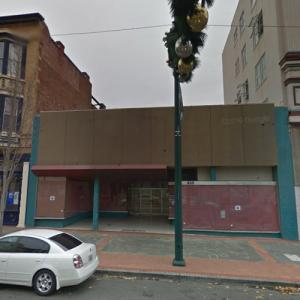 """Site of the Crestmont Theater (""""13 Reasons Why"""") (StreetView)"""