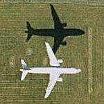 Airplane Landing at Heathrow (Google Maps)