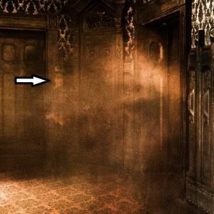 Ghost in the haunted mansion (StreetView)