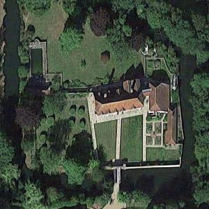 Peter Grant's Horselunges Manor (former) (Google Maps)