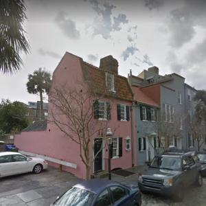 Pink House (StreetView)