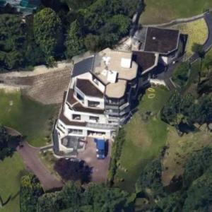 New Paris mansion of soccer star Neymar (Google Maps)