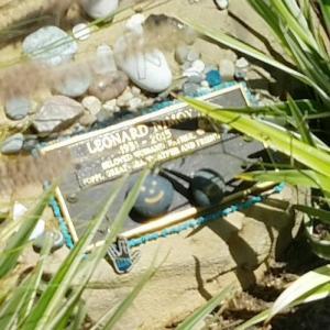 Leonard Nimoy's grave (StreetView)