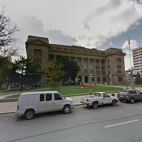Douglas County Courthouse in Omaha, NE (Google Maps)