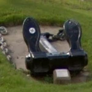 Anchor with a Swastika at Parc des Ancres (StreetView)
