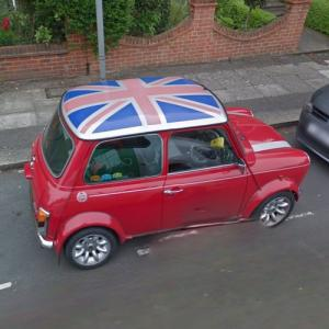 Morris Mini with Union Jack roof top (StreetView)