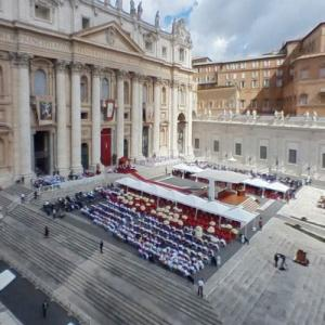 Papal Mass at St. Peter's Square (StreetView)